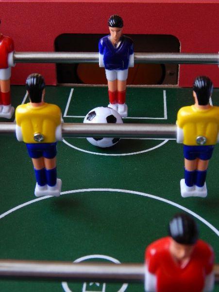 Uspořádejte turnaj ve stolním fotbale!