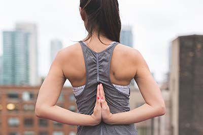 S jógou a pilates ke zdraví a rovnováze