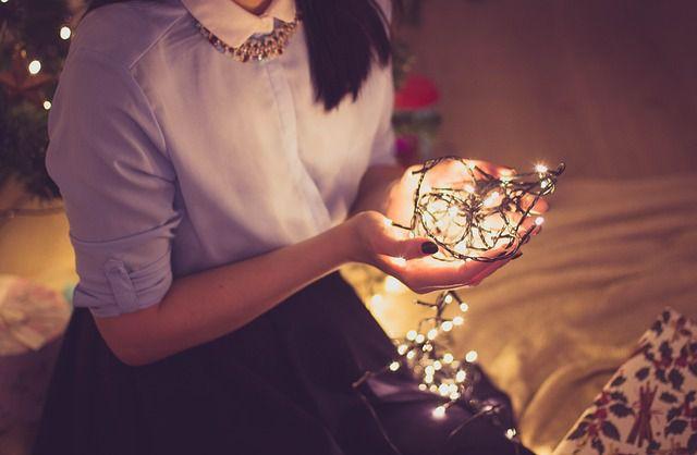 Pestrá nadílka vánočního osvětlení