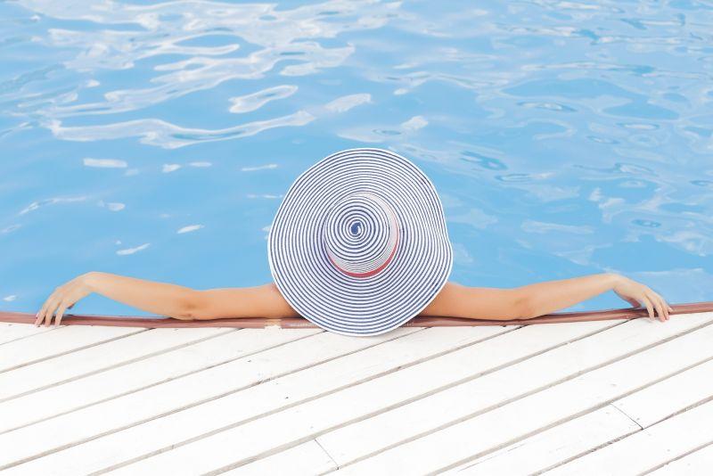 Čištění bazénů – jde to i bez chloru?