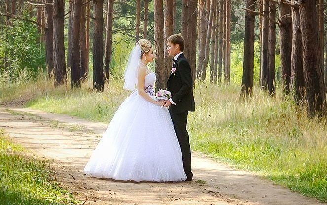 Svatba v přírodě – jak ji uspořádat a na co si dát pozor