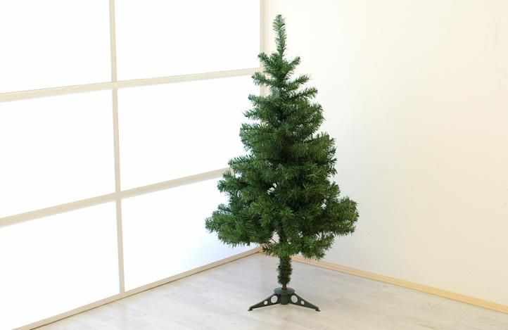 Umělý vánoční strom - 1,2 m, tmavě zelený