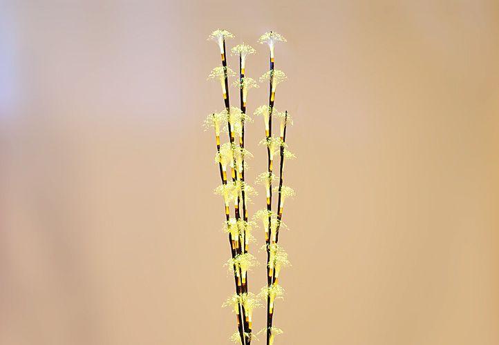 Vánoční dekorativní větvičky - 120 cm teple bílá