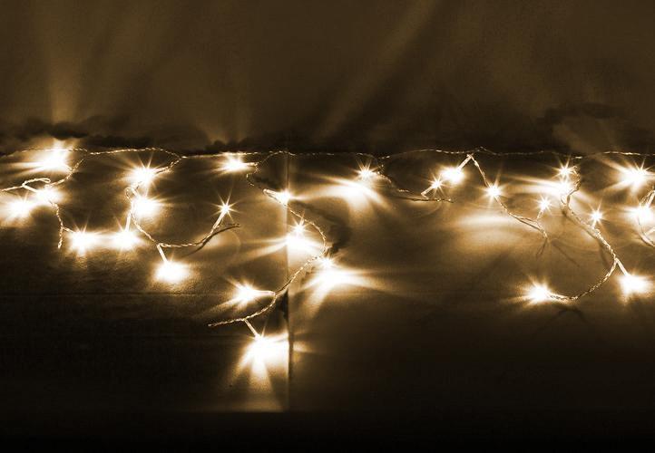 Vánoční světelný déšť 144 LED teple bílá – 5 m