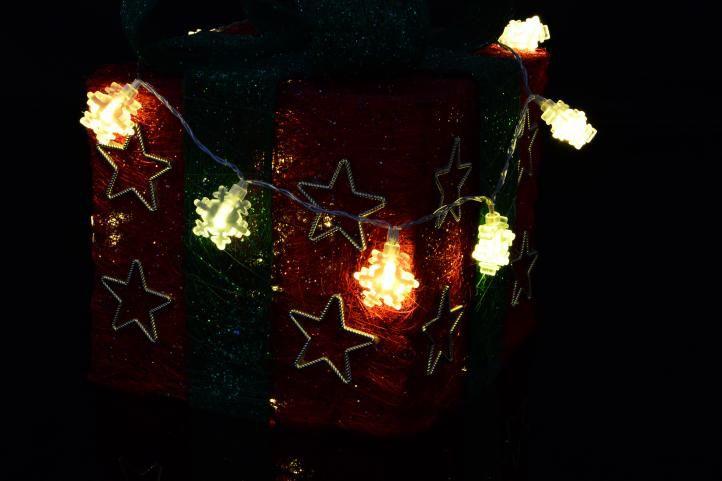 Vánoční osvětlení – zimní vločka – teple bílé