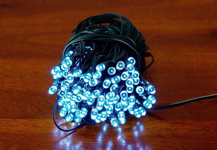 Zahradní světelný řetěz Garth - 200x LED dioda studená bílá
