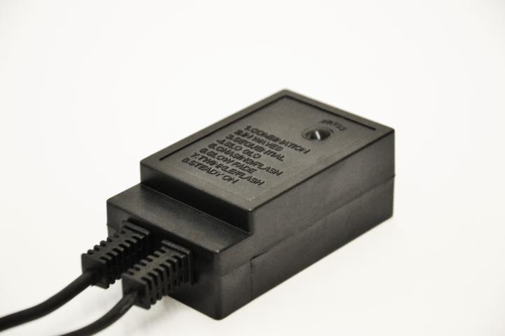 diLED ovladač s 8 různými světelnými efekty