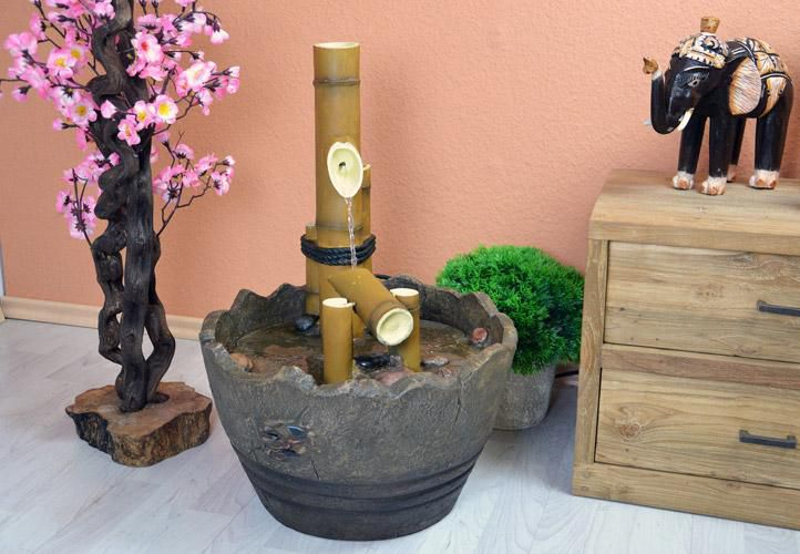 Zahradní kašna - japonská bambusová fontána