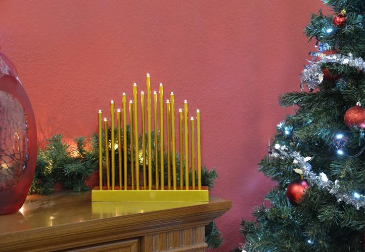 Vánoční dekorace - Designový vánoční svícen - výška až 28,5 cm