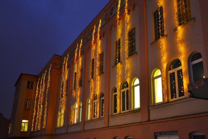 Vánoční LED osvětlení 30 m - teple bílé, 300 diod