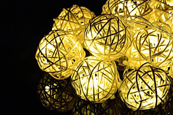 Vánoční dekorace - 10 světelných koulí, 10 LED, teple bílé