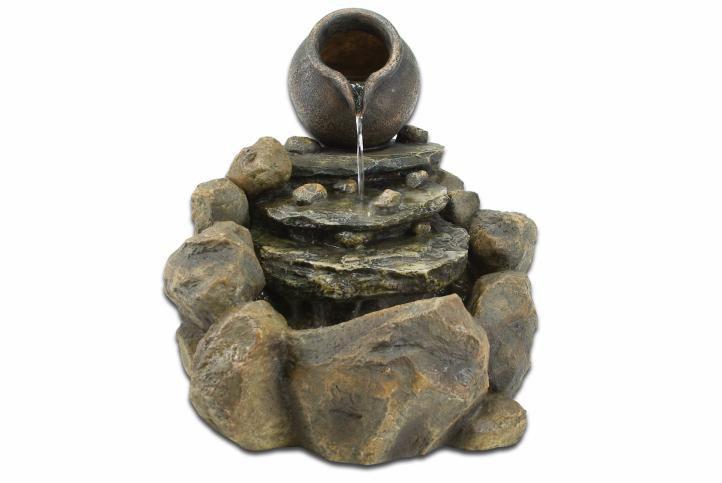 Zahradní fontána - kašna džbán