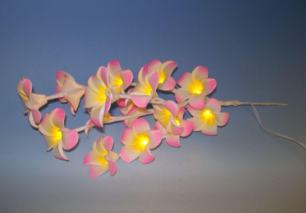 LED světelná dekorativní větvička - magnolie - teplá bílá 16 LED