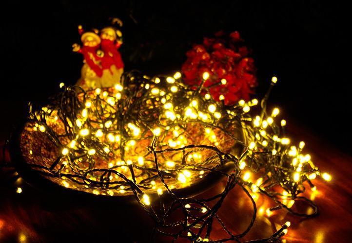 Vánoční LED osvětlení - 100 LED, 10 m, teple bílé + časovač