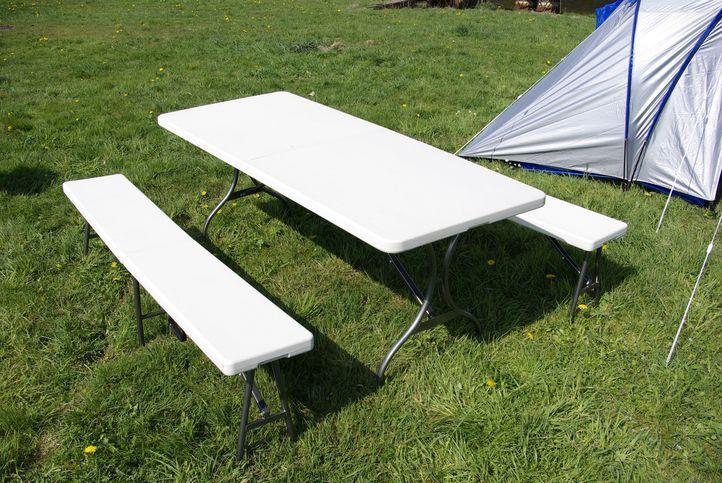 Skládací zahradní stůl Garth + 2 lavice D00341