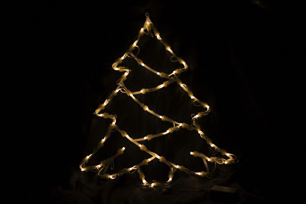 Vánoční LED dekorace do okna - STROM - 40 cm
