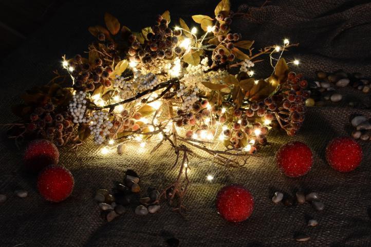 Vánoční LED osvětlení 5 m - stříbrný drát - teple bílé 200 LED