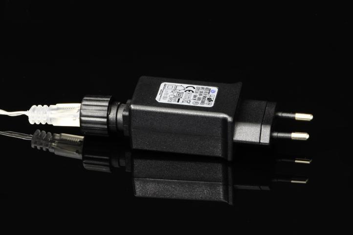 Vánoční LED stříbrný drát - 2,5 m, 100 LED, teple bílý