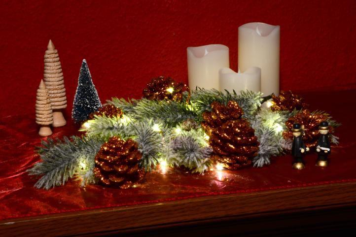 Vánoční světelný řetěz - MINI 100 LED s časovačem - teple bílá