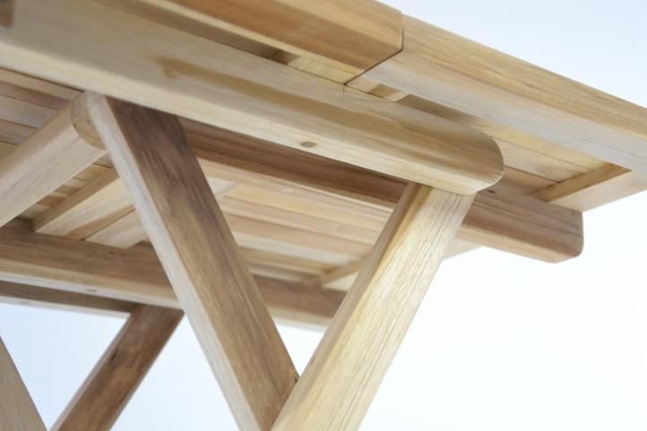 Skládací zahradní stolek DIVERO - týkové dřevo neošetřené - 50 cm