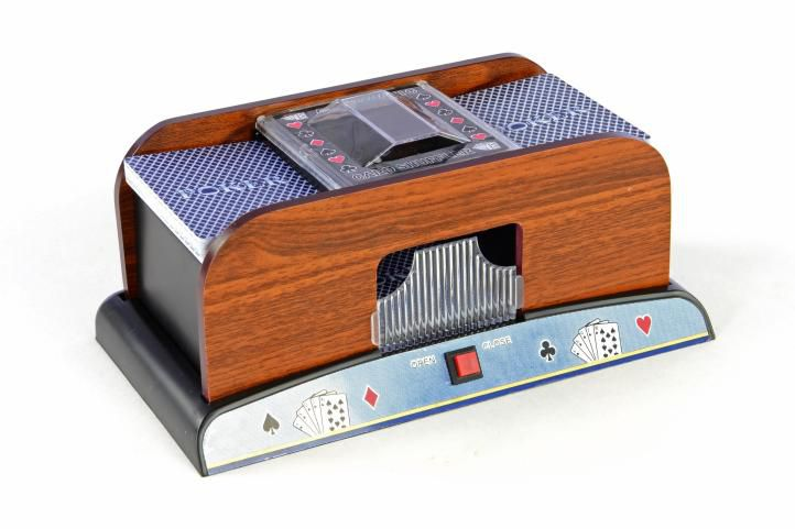 Míchačka karet design dřevo