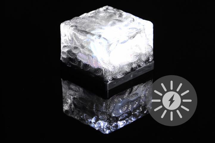 Venkovní solární osvětlení – skleněná kostka – bílá 7 x 7 x 5 cm