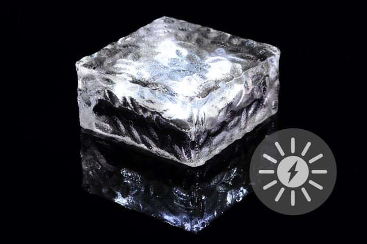Venkovní solární osvětlení – skleněná kostka – bílá 9,5 x 9,5 x 4,5 cm
