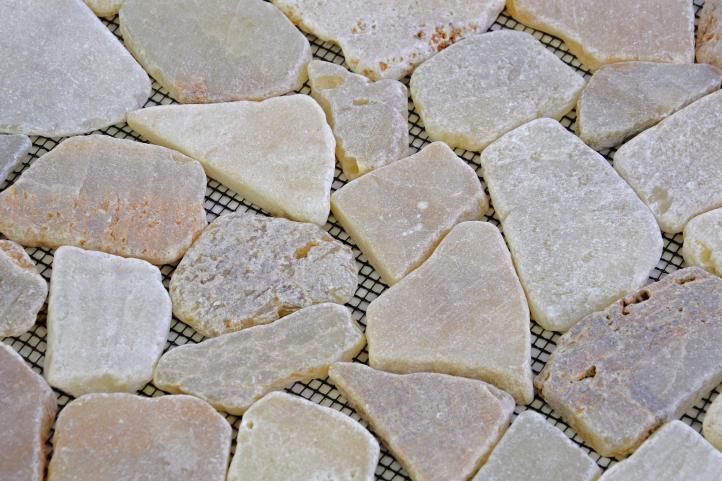 Mozaika říční kámen - krémová obklady  1m2 Garth