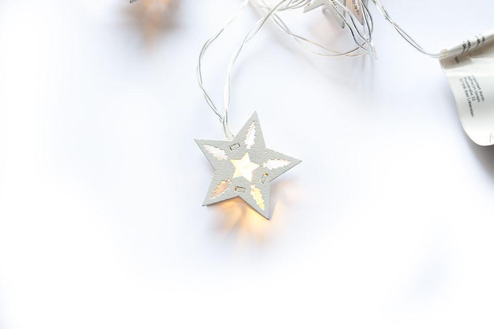 HOLZ Vánoční dekorativní řetěz - bílé hvězdy, 10 LED
