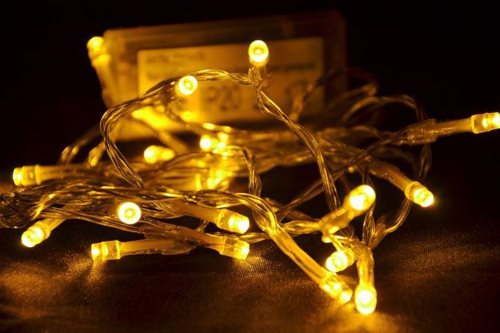 Vánoční LED osvětlení 1,9 m - teple bílá 20 diod