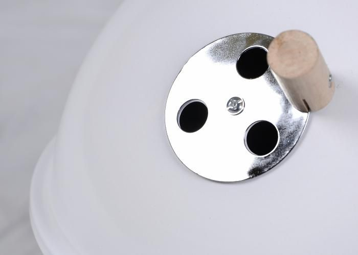 Zahradní mini gril kulatý bílý