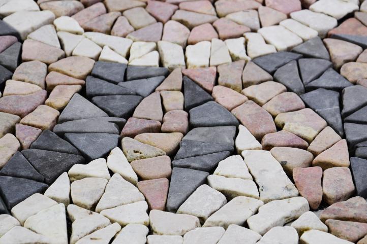 Mramorová mozaika – motiv slunce obklady  120×120