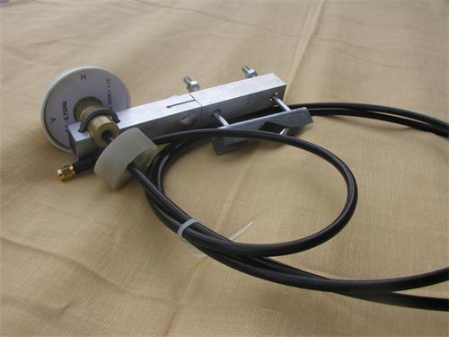 Anténa Antena směrová 10dbi H60/V40 2mRF240 Nfemale s držákem