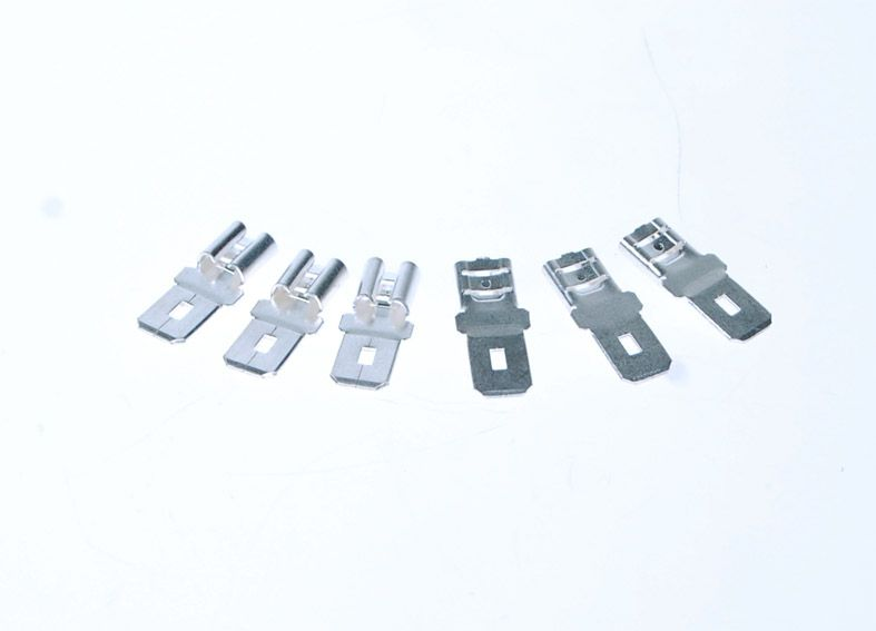 Redukce Avacom Faston 4,7mm na Faston 6,3mm (F1 konektor na F2)