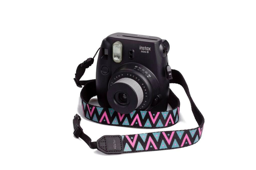 Popruh Fujifilm Instax neck strap Black/Design Triangles