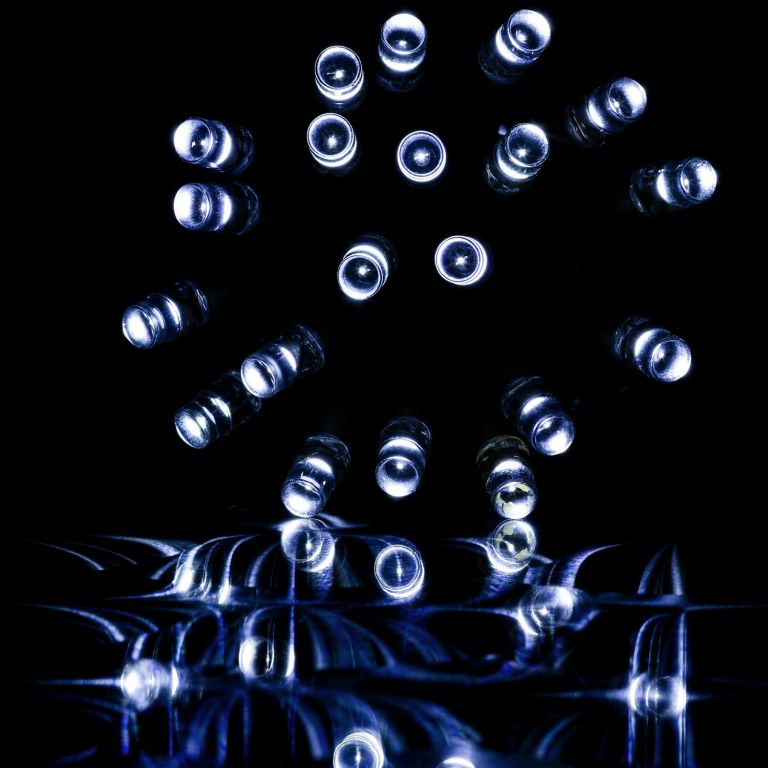 Vánoční LED osvětlení 10 m - studená bílá 100 LED + ovladač na BATERIE
