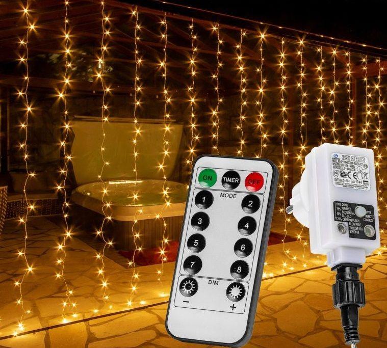 Vánoční světelný závěs - 6 x 3 m, 600 LED, teple bílý
