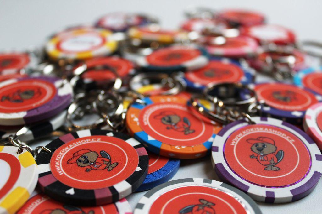 Dárek od Kokisky - pokerový přívěšek  - 3 KS pro Vás i kamarády