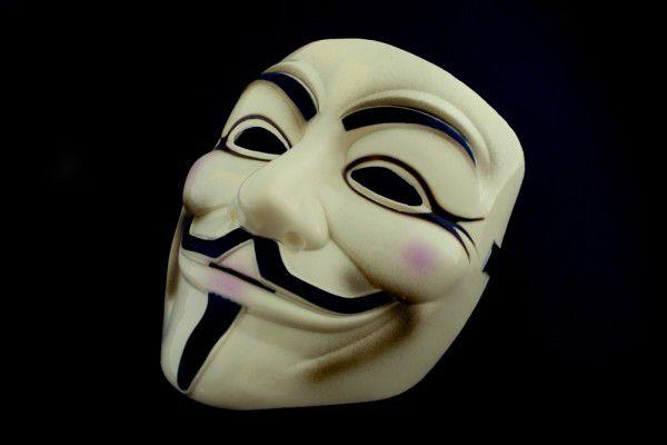 V wie Vendetta - béžová maska