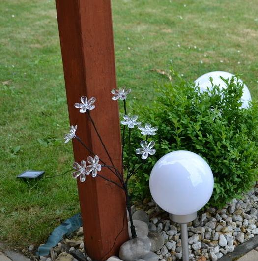 Zahradní solární LED osvětlení koule - průměr 15 cm