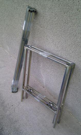 Rozkládací prodejní pult skládaný z tyčí - 2 x 1 m