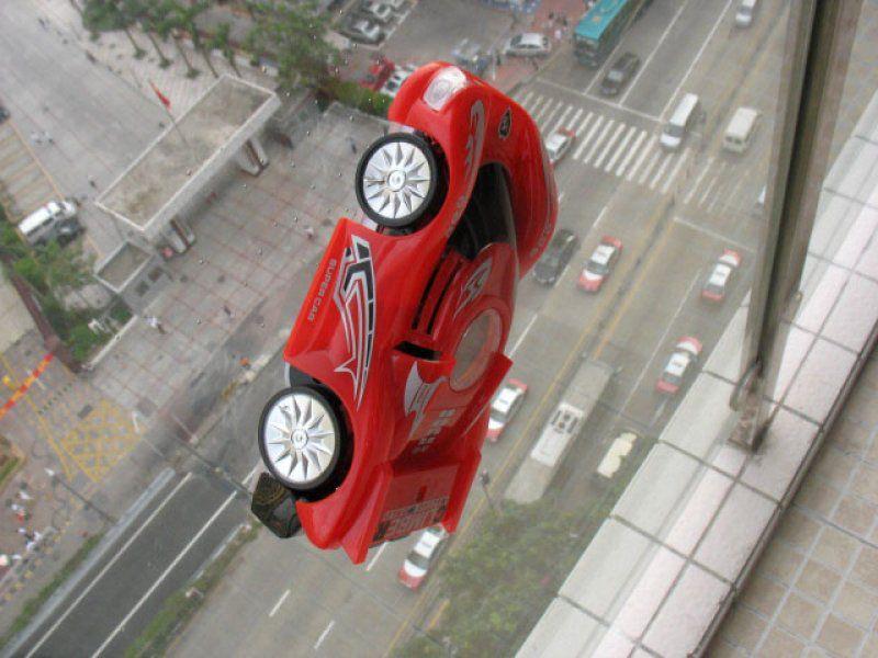 Antigravitační auto - Červené