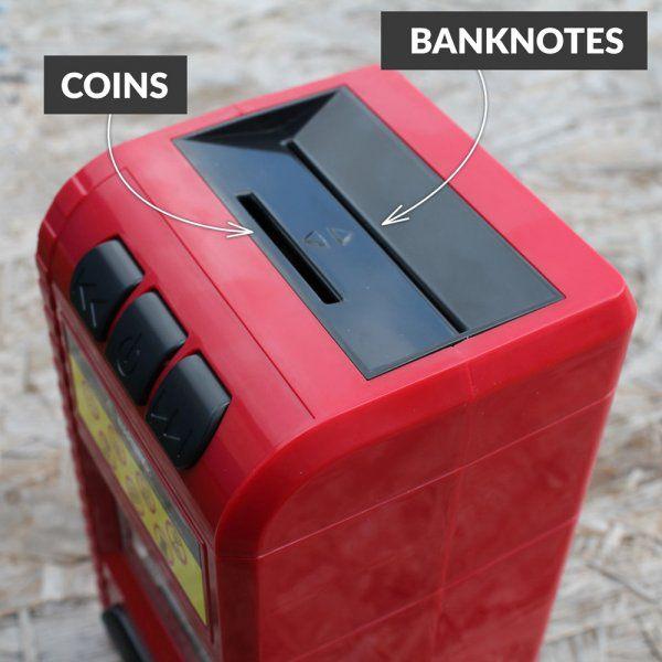Kouzelná kasička s falešným drtičem bankovek