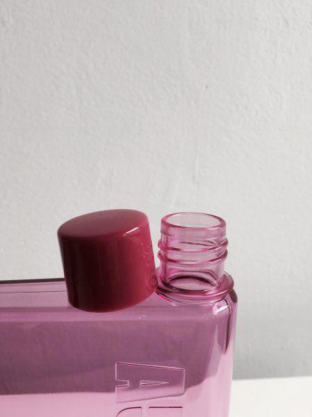 Láhev na vodu ve tvaru sešitu - A5  - Růžová