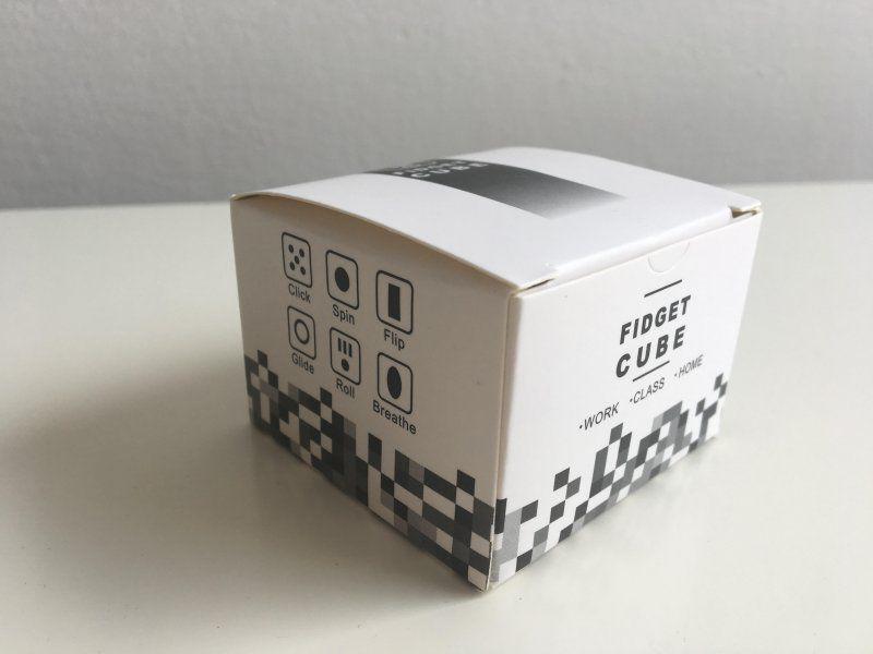 Fidget Cube antistresová kostka - antistresová hračka - Modro-černá