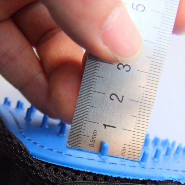 Rukavice na vyčesávání srsti - TRUE TOUCH