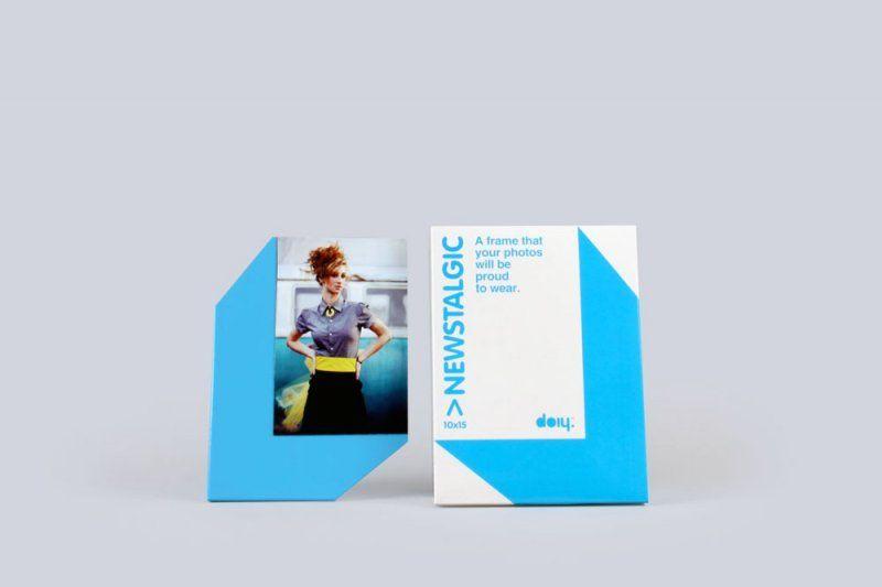 Stojánek na fotku s magnetem - 10 x 15, modrá