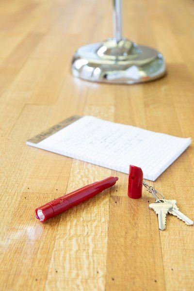 Přívěsek na klíče Praktická 3v1