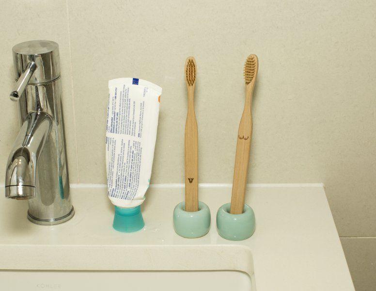 Zubní kartáčky – naháči