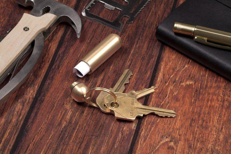 Šikovná mosazná klíčenka - Separátní klíčenka